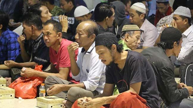 Endonezya%E2%80%99da+ilk+iftar