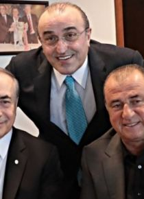 Mustafa Cengiz'den futbolculara prim müjdesi