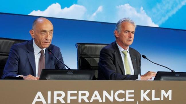 Bata%C4%9Fa+s%C3%BCr%C3%BCklenen+Air+France%E2%80%99da+istifa+geldi