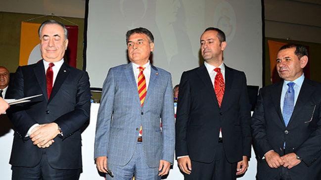 Galatasaray%E2%80%99da+projeler+yar%C4%B1%C5%9Facak