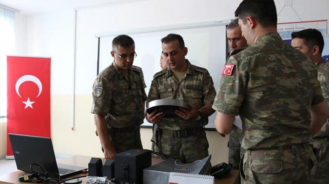 T%C3%BCrk+askerinden+Kosova%E2%80%99da+e%C4%9Fitime+destek