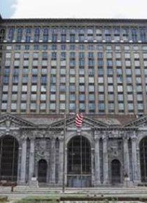Ford, 105 yaşındaki Michigan Tren İstasyonu'nu satın aldı