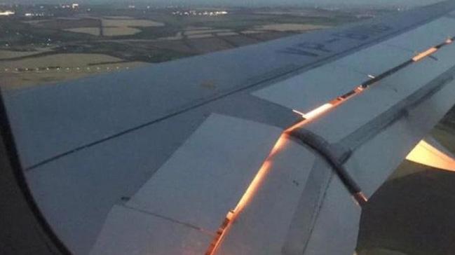 Suudi Arabistan Milli Takımı'nı taşıyan uçak motordaki arıza nedeniyle alev aldı