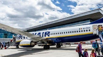 Ryanair'den havalimanlarında alkol satışının kısıtlanması çağrısı yapıldı