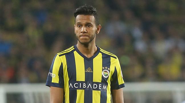 Josef de Souza takımda kalmak isterken Fenerbahçe oyuncuyu satmak istiyor