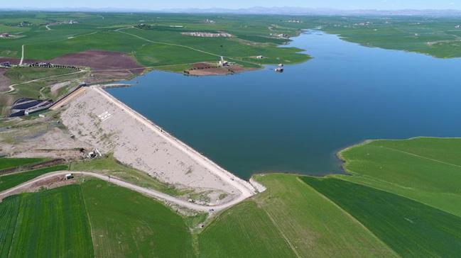 Diyarbak%C4%B1r%E2%80%99da+yap%C4%B1lan+iki+baraj+ile+158+bin+dekar+arazi+suya+kavu%C5%9Facak