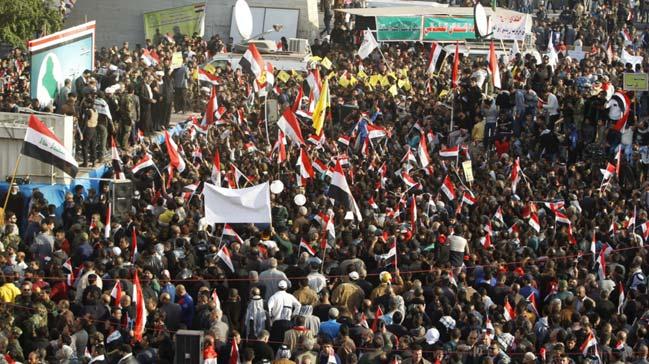 Irak%E2%80%99%C4%B1n+petrol+kenti+Basra%E2%80%99da+g%C3%B6steriler+s%C3%BCr%C3%BCyor+