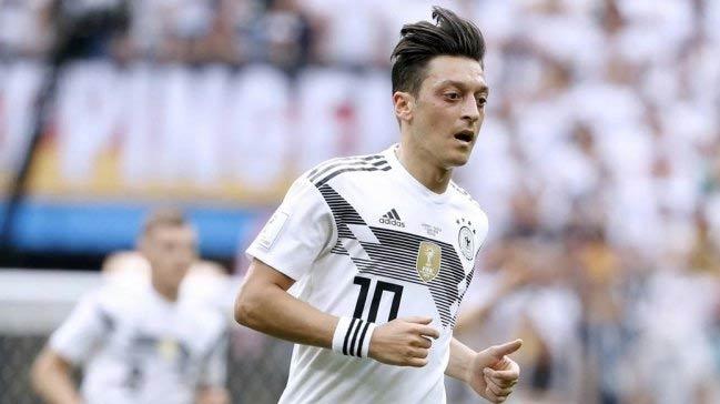 Almanya Futbol Federasyonu'ndan Mesut Özil açıklaması!