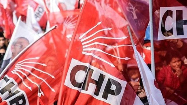 CHP+Kand%C4%B1ra+il%C3%A7e+%C3%B6rg%C3%BCt%C3%BC+istifa+etti%21;