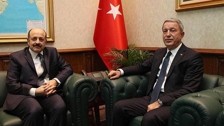 Bakan Akar YÖK Başkanı ile bedelliyi görüştü