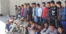 Balıkesir'in Ayvalık ilçesinde yasa dışı yollardan Yunanistan'ın Midilli Adası'na geçmeye çalışan 82 düzensiz göçmen yakalandı.