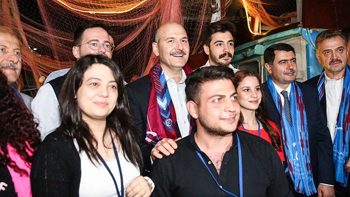 İçişleri Bakanı Soylu  Yenikapı'da düzenlenen 10. Trabzon Tanıtım Günleri'ne katıldı