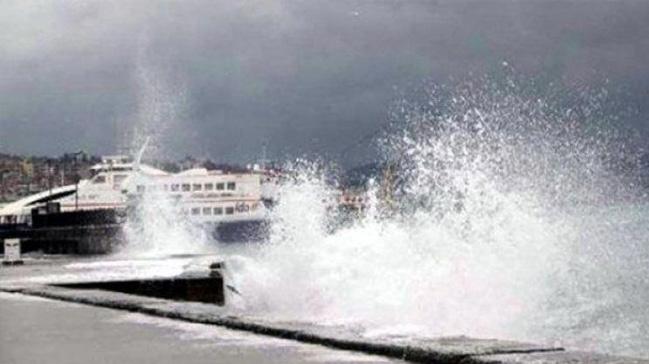 Olumsuz hava koşulları nedeniyle bazı İDO seferleri iptal edildi