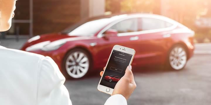 Tesla,+mobil+uygulamas%C4%B1na+birbirinden+kullan%C4%B1%C5%9Fl%C4%B1+3+yeni+%C3%B6zellik+ekledi