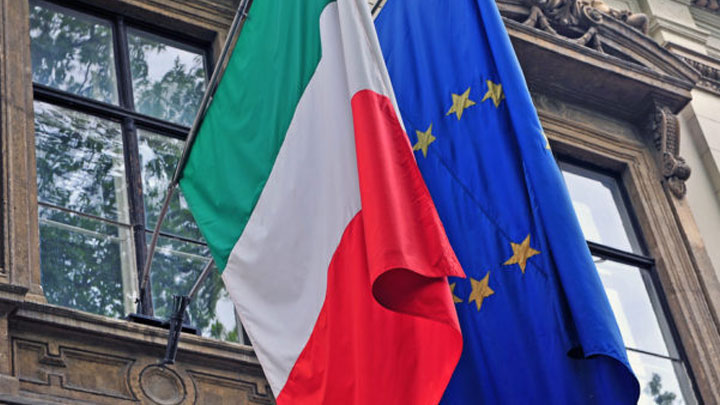 %C4%B0talya+Ba%C5%9Fbakan+Yard%C4%B1mc%C4%B1s%C4%B1+Salvini,+AB+Komisyonu+Ba%C5%9Fkan%C4%B1+i%C3%A7in:+Ben+ay%C4%B1k+insanlarla+konu%C5%9Furum