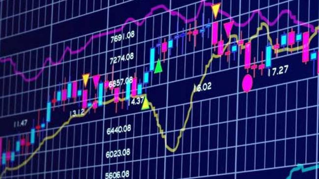 Dow+Jones+Endeksi+rekor+tazelerken,+S&P+500+ve+Nasdaq+endeksleri+de%C4%9Fer+kaybetti
