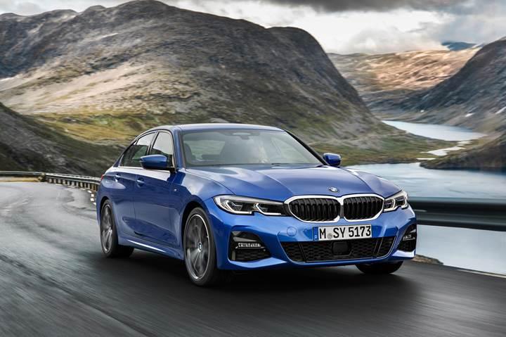 Beklenen+an+geldi:+2019+BMW+3+Serisi+resmen+tan%C4%B1t%C4%B1ld%C4%B1
