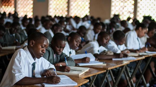 FET%C3%96,+Etiyopya%E2%80%99daki+okullarla+ilgili+kendisini+ele+veren+i%C5%9F+ilanlar%C4%B1n%C4%B1+yay%C4%B1ndan+kald%C4%B1rd%C4%B1