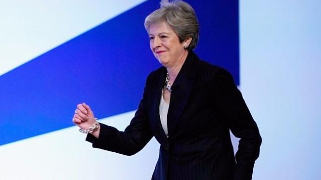 Theresa+May:+AB+ile+herhangi+bir+anla%C5%9Fmaya+var%C4%B1lmaks%C4%B1z%C4%B1n+Brexit%E2%80%99ten+korkmuyorum