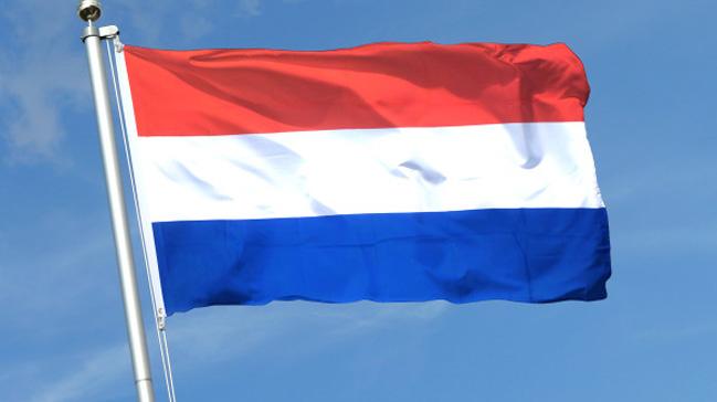Hollanda+4+Rusya+vatanda%C5%9F%C4%B1n%C4%B1+s%C4%B1n%C4%B1r+d%C4%B1%C5%9F%C4%B1+etti