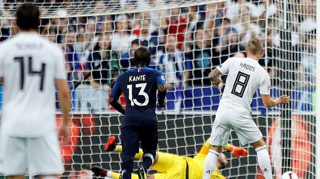 Almanya önce Hollanda'ya kaybetti şimdi de Fransa'ya! 2-1