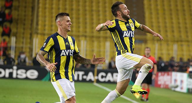 Kadıköy'de Valbuena şov! Fenerbahçe 2 - Anderlecht 0