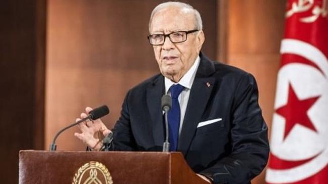 Tunus'taki kabine revizyonu devletin zirvesini böldü