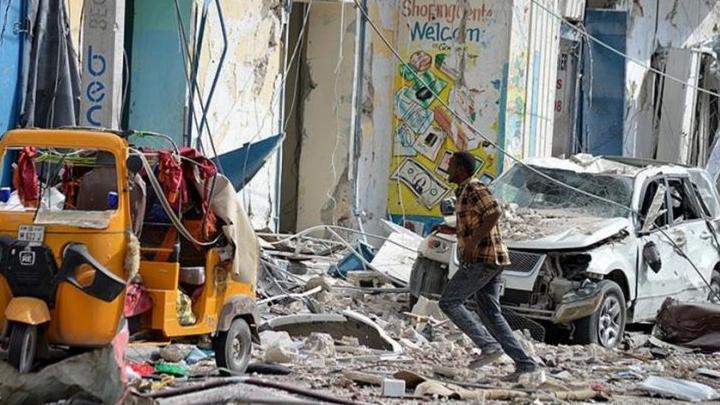 Somali%E2%80%99de+intihar+sald%C4%B1r%C4%B1s%C4%B1nda+12+ki%C5%9Fi+%C3%B6l%C3%BC