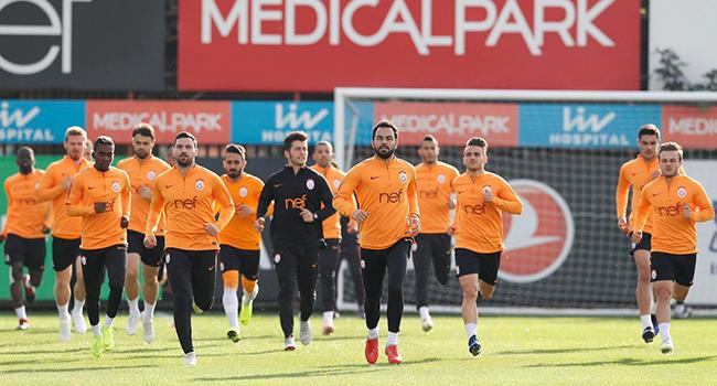 Galatasaray+7+%C3%B6nemli+eksikle+Kayseri%E2%80%99ye+gitti