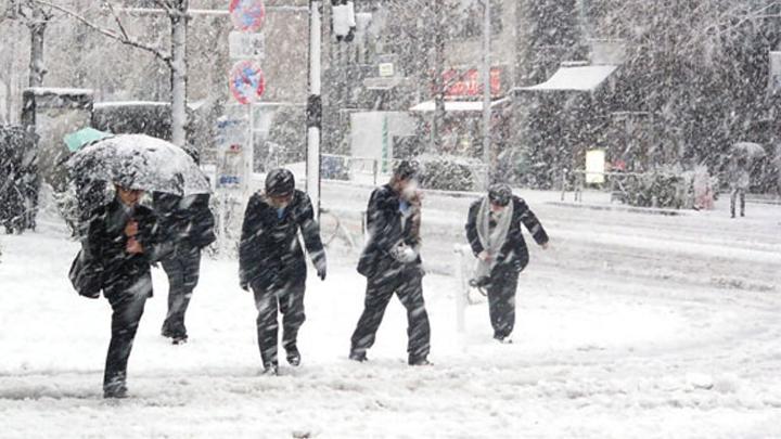 Meteoroloji,+yurt+genelinde+so%C4%9Fuk+hava+ve+kar+ya%C4%9F%C4%B1%C5%9F%C4%B1n+g%C3%B6r%C3%BClece%C4%9Fini+bildirdi