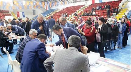 AK Parti'den 81 ilde temayül yoklaması