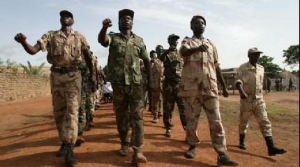 Orta Afrika Cumhuriyeti'nde askerler arasında çıkan çatışmada 3 kişi öldü