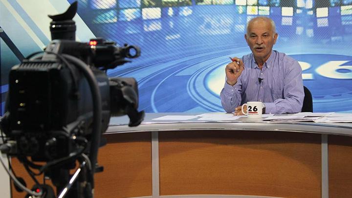 Eskişehir'de bir yerel televizyon kanalında spor yorumcusu canlı yayında kalp krizi geçirdi