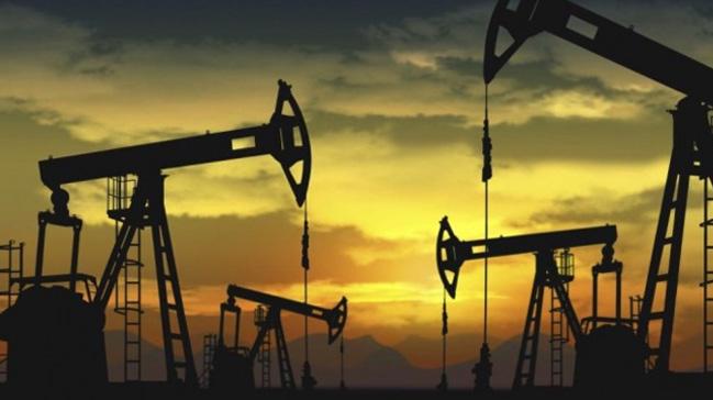 OPEC+g%C3%BCnl%C3%BCk+petrol+%C3%BCretimini+800+bin+varil+k%C4%B1sma+karar%C4%B1+ald%C4%B1