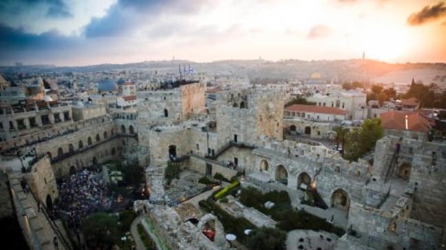 Avustralya, Kudüs'ü katil İsrail'in başkenti olarak kabul etmeye hazırlanıyor
