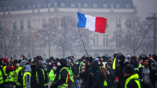 Sarı yelekliler: Fransızlar aptal değil