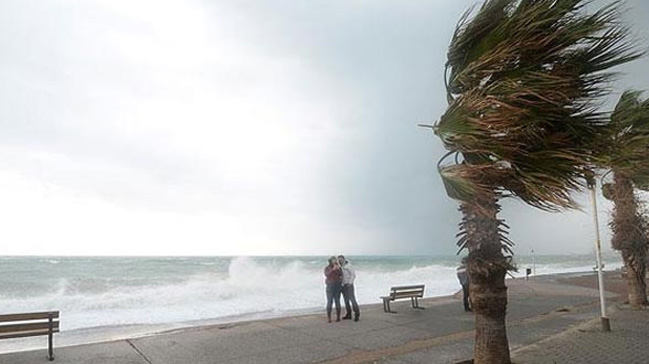 Meteoroloji'den Akdeniz için şiddetli fırtına uyarısı