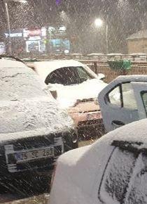 Her yer beyaza burundu: Kar yağışı başladı