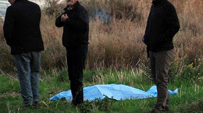 Koyunlarını otlatmaya gittiği arazide kalp krizinden öldü