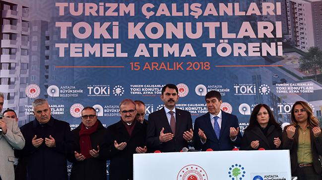 Türkiye'de bir ilk daha: Turizmde çalışan dar gelirli aileler için konutların temeli atıldı