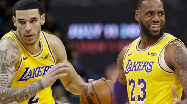 Los Angeles Lakers'ta çifte 'triple double'