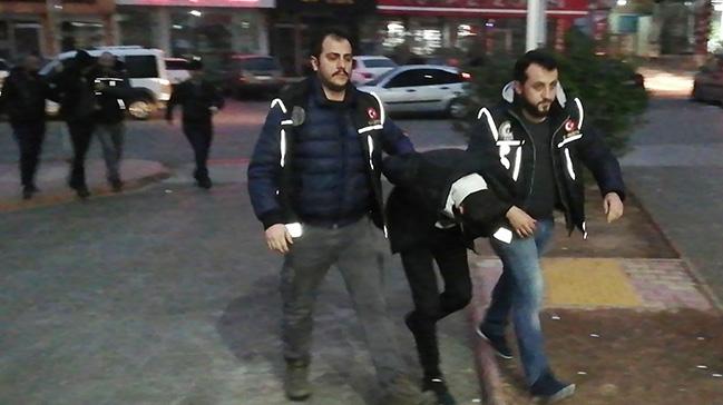 Kahramanmaraş'ta bekar evine uyuşturucu baskını: 2 kişi gözaltına alındı