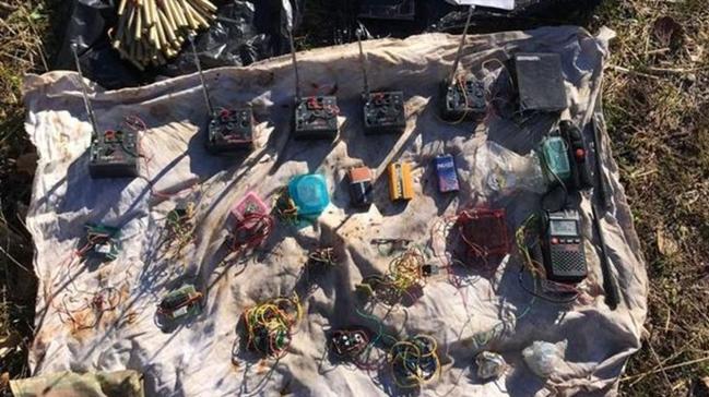 Siirt'te tuzaklanan patlayıcıları eş zamanlı patlatma özelliğine sahip 5 sistem bulundu