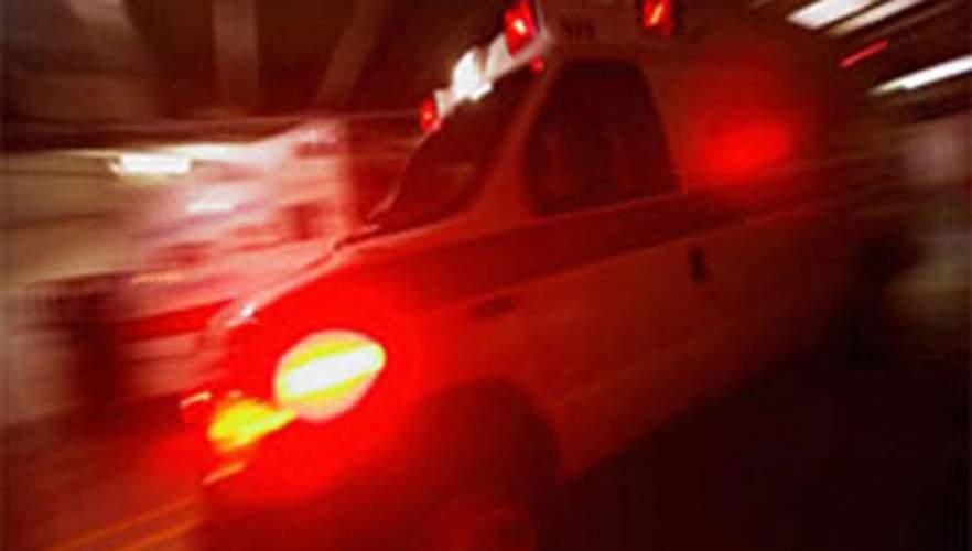 İzmir'de sürücünün kontrolünden çıkan otomobil şarampole devrildi: 3 ölü