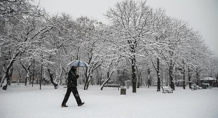 Amasya Kırşehir kar tatili var mı 17 Ocak Amasya Kırşehir yarın okullar tatil mi Valilik açıklaması