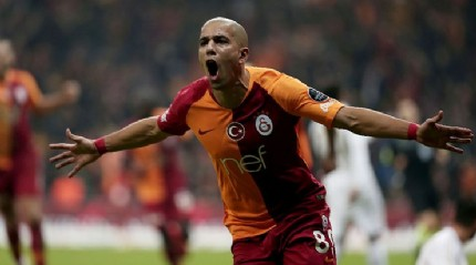 Galatasaray Feghouli'yi satmak istiyor ama...