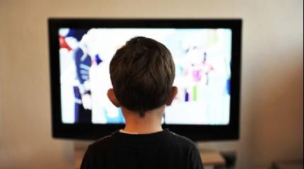 Ekran başında uzun zaman geçiren çocuklarda sağlık sorunları baş gösteriyor