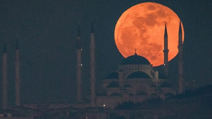 Süper Ay, yarın akşam tüm Türkiye'den gözlenebilecek