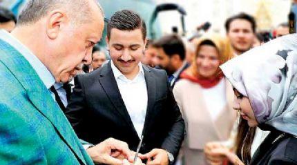 Başkan Erdoğan, 15 Temmuz gazisininsöz yüzüğünü taktı