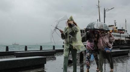 Dışarı çıkacaklar dikkat! Sağanak yağış uyarısı geldi